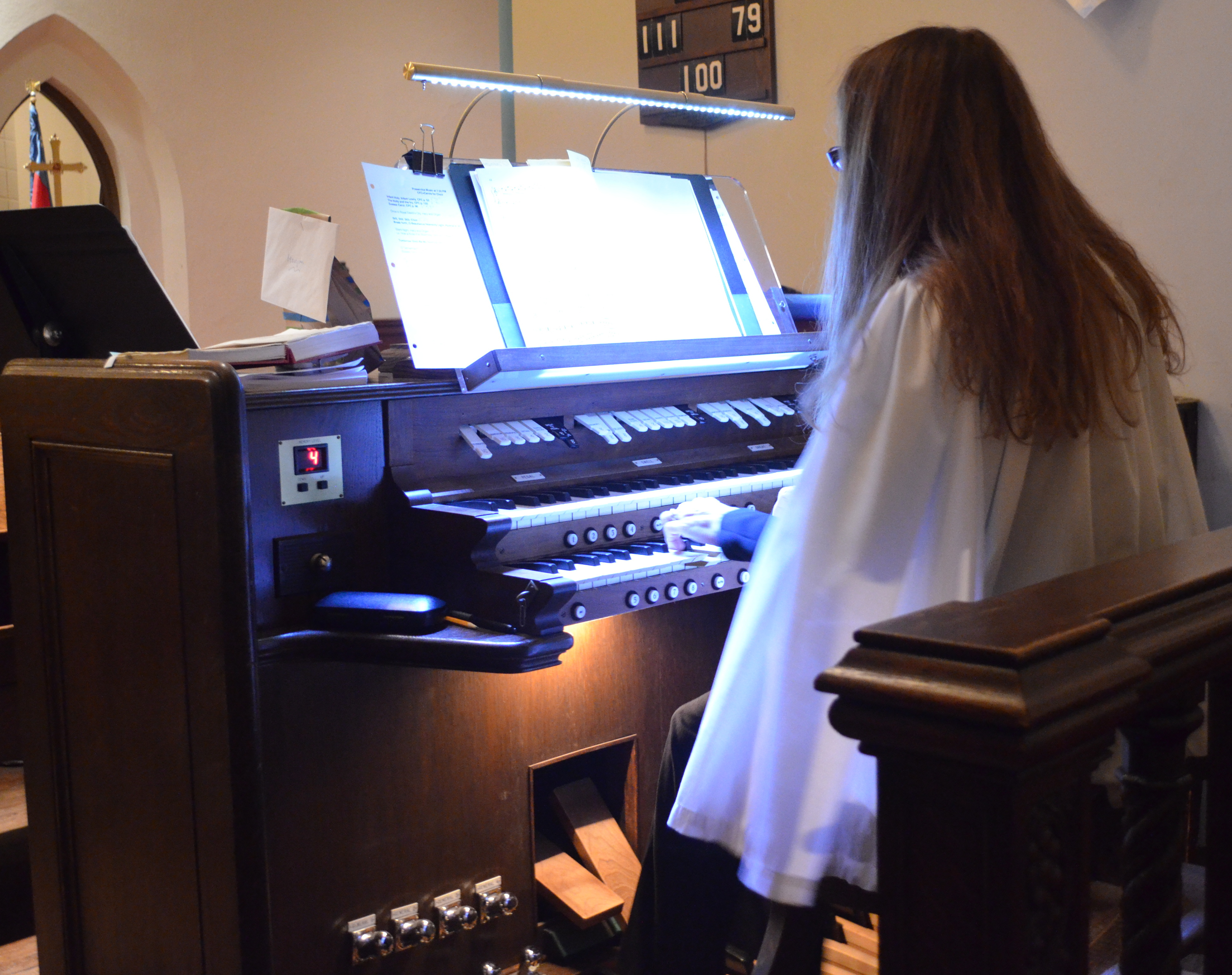 Christmas Organist